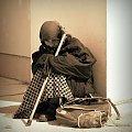 zagubiona #CzarnoBiale #kobieta #sepia