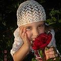 Julka w wiosenno-letniej czapeczce ... #czapeczka #szydełko #rękodzieło