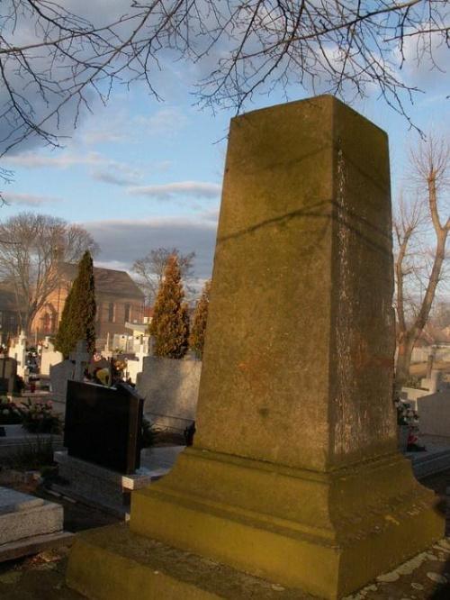 Pomniki poświęcone ofiarom I wojny światowej B1b2744633b6c3c3med