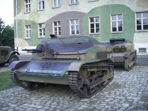Sprzęt gąsienicowy armii wrześniowej #PojazdyWojskowe