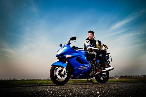 jak zasłyszałem niebieski wojownik ;) Więceje będzie na www.facebook.com/PasekDawidPhotography #portret #motor #motocykl #kawasaki #krjobraz #nikon #tamron #strobing