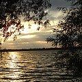 zachód słońca nad jeziorem Mamry #ZachodySłońca #niebo