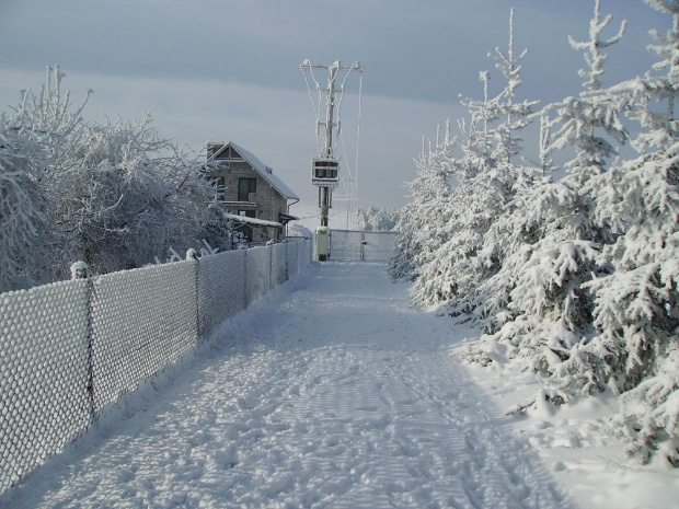 Mroźna zima. Małopolska Osiek/k Olkusza. Zdjęcia robione w pewien nudny dzień bez prądu.