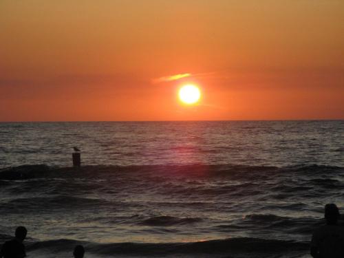 zachód słońca #zachód #słońce #woda #krajobraz #wakacje