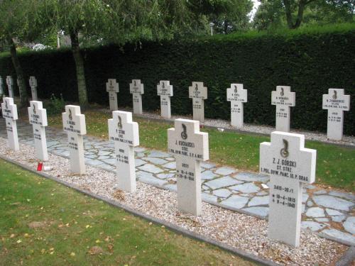 Oosterhout - cmentarz na północ od Bredy #RajdMaczka #GenerałMaczek